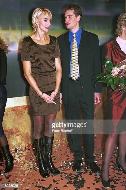 Heike Drechsler Marc Wallert ZDFShowMenschen 2000 Blumen Abendgarderobe