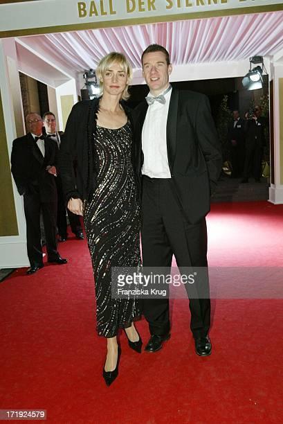 Heike Drechsler Mit Ehemann Alain Bei Der Radio Regenbogen Benefizgala Ball Der Sterne Mit Dem Motto Royal Night