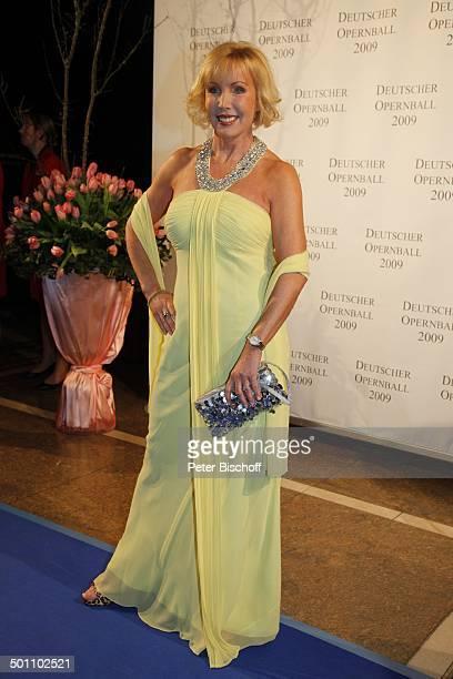 "Heike Maurer, Gala-Veranstaltung 27. ""Deutscher Opernball"" 2009, ""Alte Oper"", Frankfurt, Hessen, Deutschland, Europa, Foyer, Ball, Feier, blauer..."