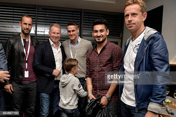 Heiko Herrlich Stefan Reuter Sebastian Kehl Ilkay Guendogan and Joerg Heinrich pose during the 'Club Of Former National Players' meeting prior to the...