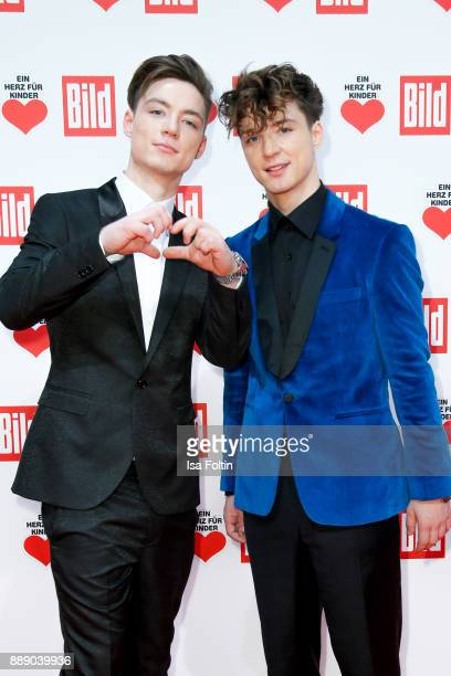 Heiko Lochmann and his twin Roman Lochmann attend the 'Ein Herz fuer Kinder Gala' at Studio Berlin Adlershof on December 9 2017 in Berlin Germany