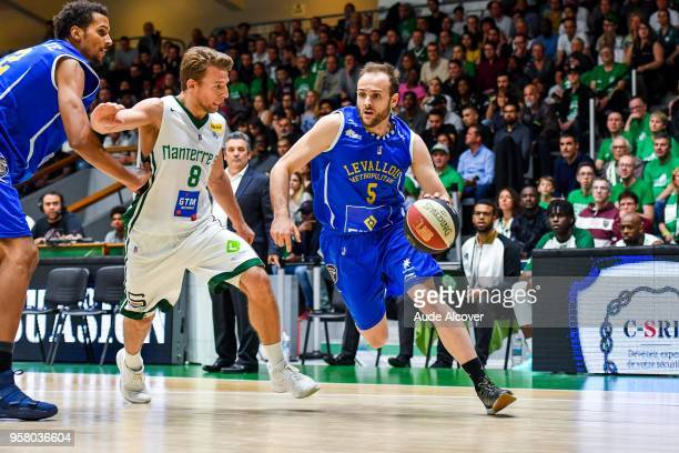 Heiko Schaffartzik of Nanterre and Remi Lesca of Levallois during the Jeep Elite match between Nanterre and Levallois Metropolitans at Palais des...