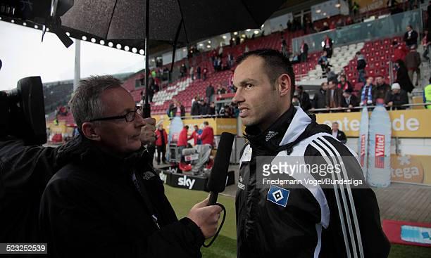 Heiko Westermann von Hamburg beim TV Interview waehrend des Bundesligaspiels zwischen FSV Mainz 05 und Hamburger SV im Stadion am Bruchweg am 16...