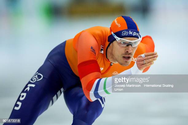Hein Otterspeer of Netherlands competes in the Men's 1000m during day two of the European Speed Skating Championships at the Moscow Region Speed...