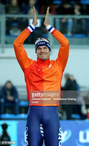 Hein Otterspeer of the Netherlands celebrates his third place on the podium in the second men 500m Division A race during Day 2 of the ISU World Cup...