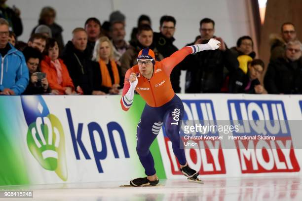 Hein Otterspeer of the Netherlands competes in the second men 500m Division A race during Day 3 of the ISU World Cup Speed Skating at...