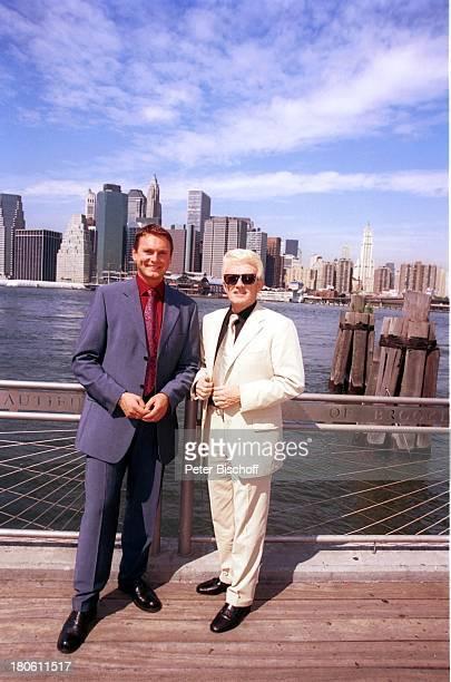 Heino Axel Bulthaupt LibertyPark in New Jersy New York USA/Nordamerika Wasser Sonnenbrille VolksmusikSänger