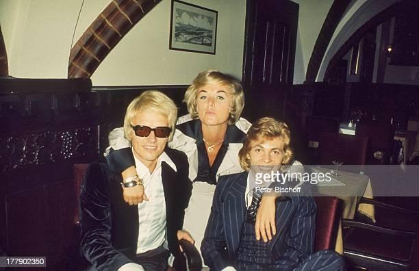 Heino Ehefrau Lilo Kramm Jürgen Marcus Feier nach der Miss Austria Wahl 1973 Kitzbühel sterreich Europa Brille abgedunkelte Gläser Schlagersänger...