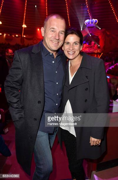 Heino Ferch and his wife Marie Jeanette Ferch during the 'AllezHopp' premiere at Circus Krone on February 1 2017 in Munich Germany