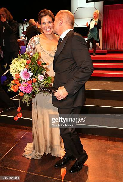 Heino Ferch and his wife Marie Jeanette Ferch with award during the Hessian Film and Cinema Award at Alte Oper on October 21 2016 in Frankfurt am...