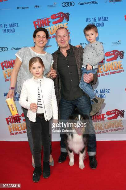 Heino Ferch with his wife MarieJeanette Ferch and their son Gustav Theo Cian Ferch and daughter Ava Vittoria Mercedes Ferch during the 'Fuenf Freunde...