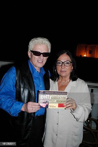 Heino Nana Mouskouri Kultkarte für 'HeinoVolksmusikClub' nach der ARDShow 'Herzlichen Glückwunsch die M I C A E L S C H A N Z E Jubiläumsgala'...