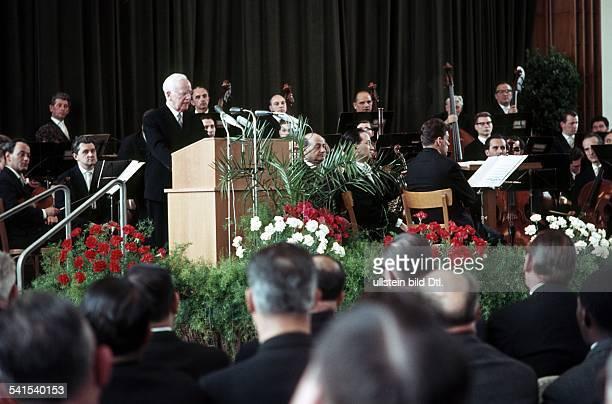 Heinrich Lübke*1894-1972+Politician , GermanyGerman President 1959-1969Lübke at a speech- early 60ies