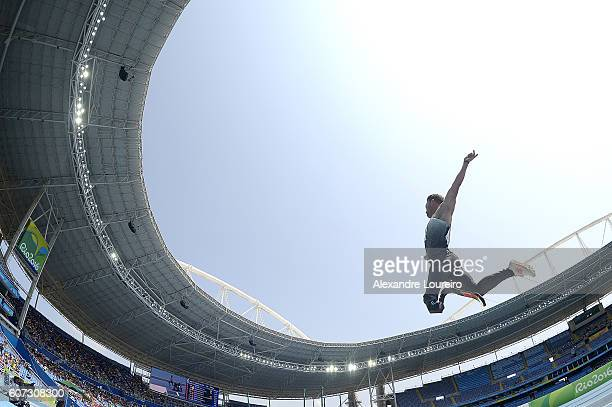 Heinrich Popow of Germany competes in the Men's Long Jump T42 final at Olympic Stadium on day 10 of the Rio 2016 Paralympic Games at on September 17...