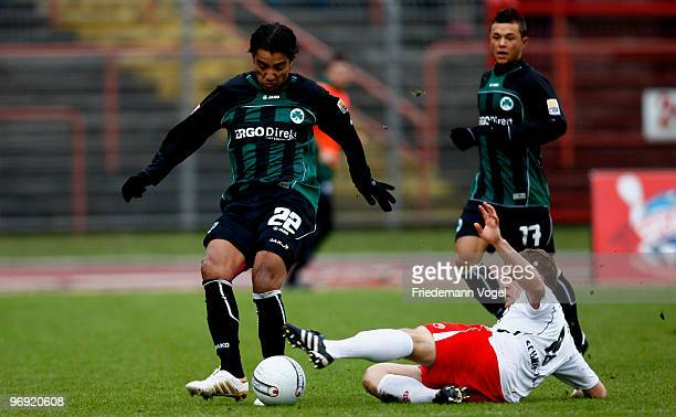 Heinrich Schmidtgal of Oberhausen in action with Sami Allagui of Fuerth during the Second Bundesliga match between RW Oberhausen and SpVgg Greuther...