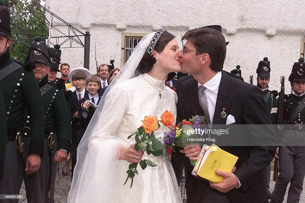 Heinrich Von Hannover Heiratet Thyra Von Westernhagen : News Photo