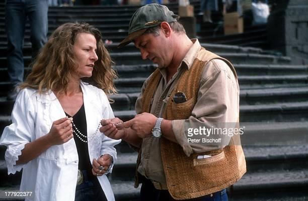 Heinz Hoenig, Ehefrau Simone , Urlaub, Quito, Ecuador, Südamerika, Mütze, Familie, Schauspieler, ;