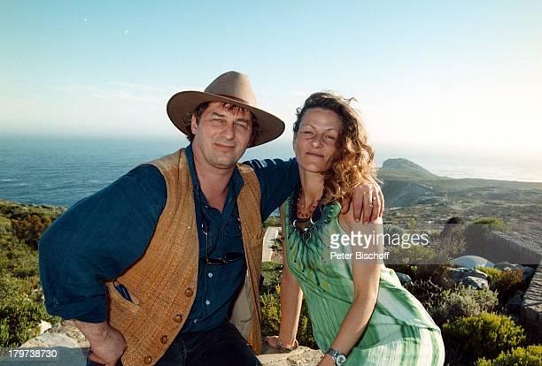 Heinz Hoenig mit Ehefrau Simone, Cape Point, Kap der guten Hoffnung, bei Kapstadt, Südafrika, Afrika, Urlaub, Hut, Schauspieler,