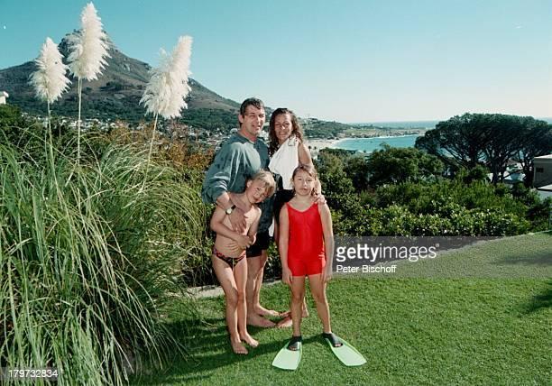 Heinz Hoenig mit Ehefrau Simone und seinen Kindern Paula und Lukas Mietvilla in Kapstadt Südafrika Afrika Urlaub Familie Kind Schauspieler