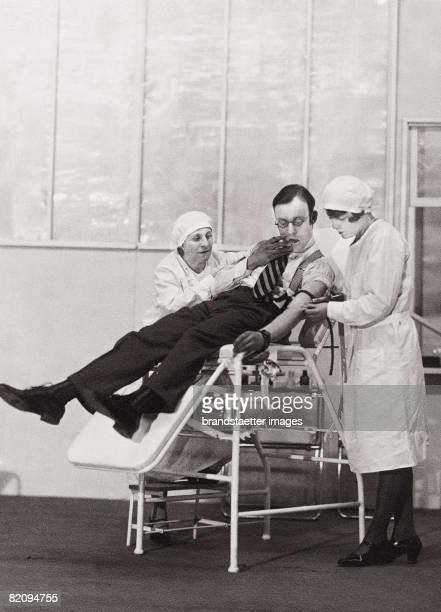 "Heinz R?hmann in the play ""Freudiges Ereignis"" by Floyd Dell and Thomas Mitchell, ""Die Komoedie"", Vienna, Photograph by Atelier Dietrich, 1930 [Heinz..."