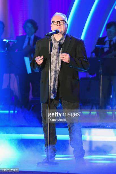 Heinz Rudolf Kunze performs during the show 'KULTHITS Die Show mit 100% Livemusik' presented by Kim Fisher at Kongresshalle on April 12 2017 in...