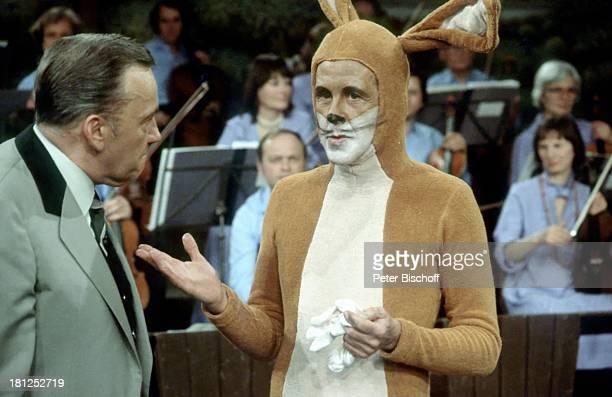 Heinz Schenk Gerd Vespermann ARDShow Blauer Bock Trachtenjacke Verkleidung Hase Osterhase Kostüm Hasenkostüm Schauspieler Promis Prominente...