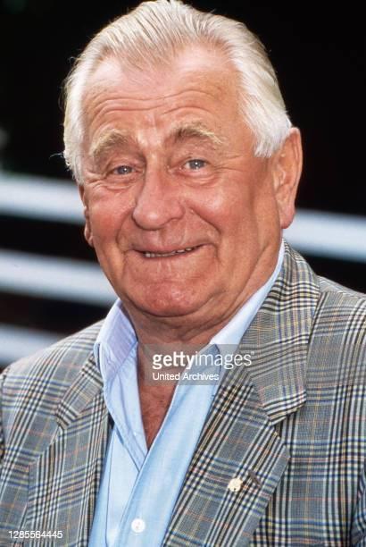 Heinz Sielmann, deutscher Tierfilmer, Kameramann, Produzent und Publizist, Deutschland um 1995.