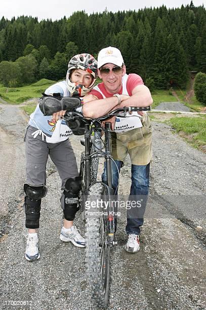 Heio Von Stetten And Elisabeth Romano big border traffic in Leogang 230606