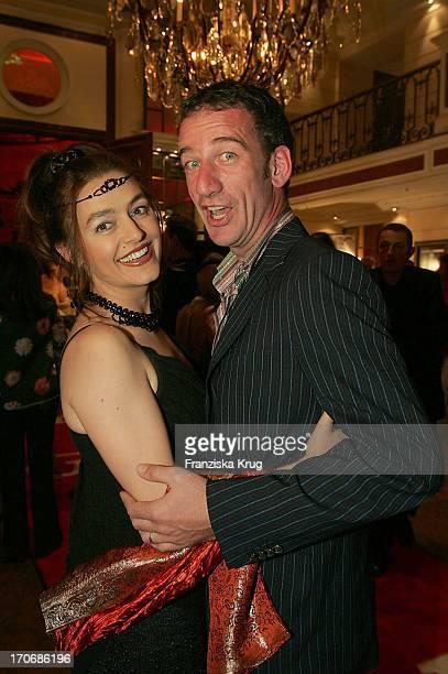 Heio Von Stetten Mit Ehefrau Elisabeth Romano Bei Der Gala Vip Lounge Im Bayerischen Hof In München Am 130904