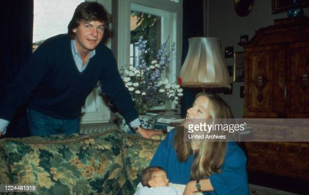 Heir to the throne Ernst August von Hanover with is wife Chantal and their first son Ernst August at Marienburg castle, Germany, 1983.