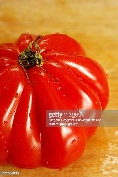 heirloom tomato - gregoria gregoriou crowe fine art and creative photography stock photos and pictures