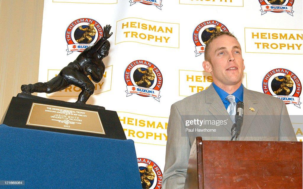 69th Annual Heisman Memorial Trophy Announcement 2003 : News Photo