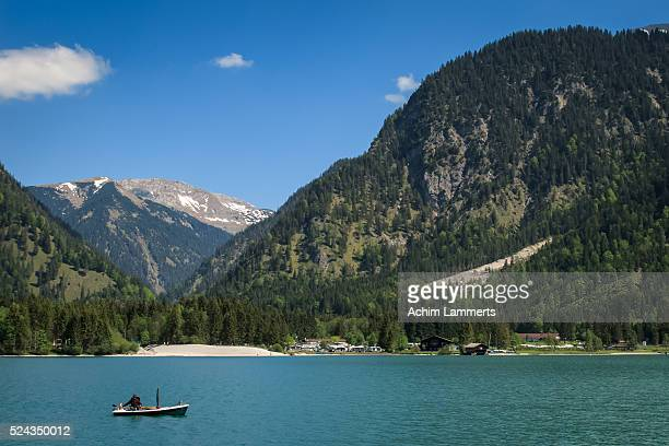 heiterwang - plansee - achim lammerts stock pictures, royalty-free photos & images
