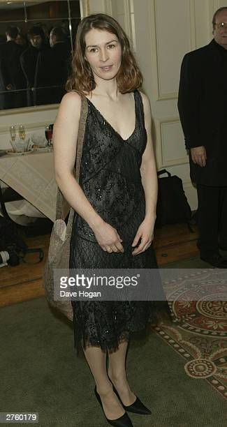 Helen Baxendale attends the Evening Standard Theatre Awards at The Savoy on November 24 2003 in London