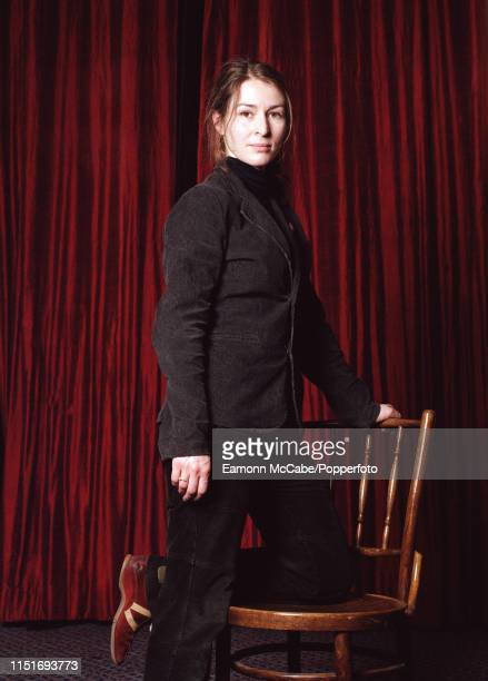 """Helen Baxendale, British actress, circa November 2003. Baxendale is best-known for playing the role of Rachel in the British sitcom """"Cold Feet"""" from..."""