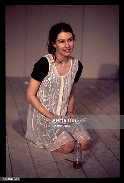 helen baxendale in 'bearing fruit' - helen baxendale stock pictures, royalty-free photos & images