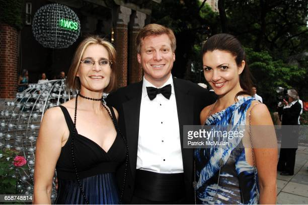 Helen Crowley James Sullivan and Lucy Martinez attend the Wildlife Conservation Society's Central Park Zoo '09 Gala at the Central Park Zoo on June...