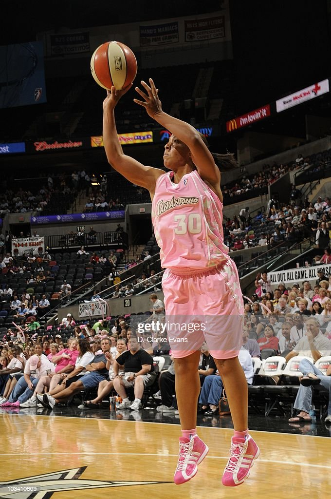 Helen Darling #30 of the San Antonio Silver Stars makes a jump shot during the game against the Tulsa Shock on August 13, 2010 at the AT&T Center in San Antonio, Texas. The Silver Stars won 94-74.