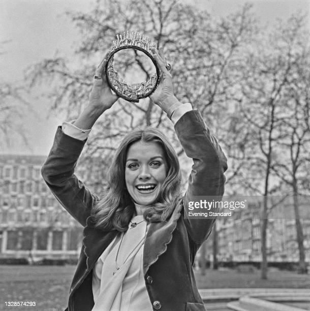 Helen Elizabeth Morgan, Miss United Kingdom, the day after winning the Miss World 1974 beauty pageant at the Royal Albert Hall in London, UK, 23rd...