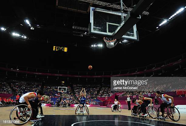 Helen Freeman of Great Britain shoots during the Women's Classification Crossover Wheelchar Basketball match between Great Britain and China on day 8...