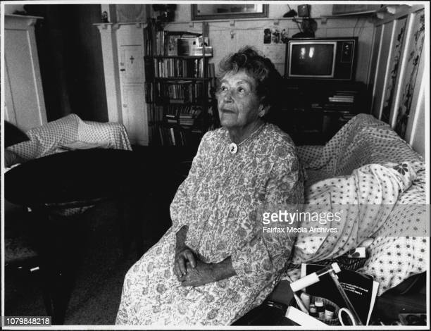 Helen Hambly inside her Unit at Stanley Apartments January 28 1988