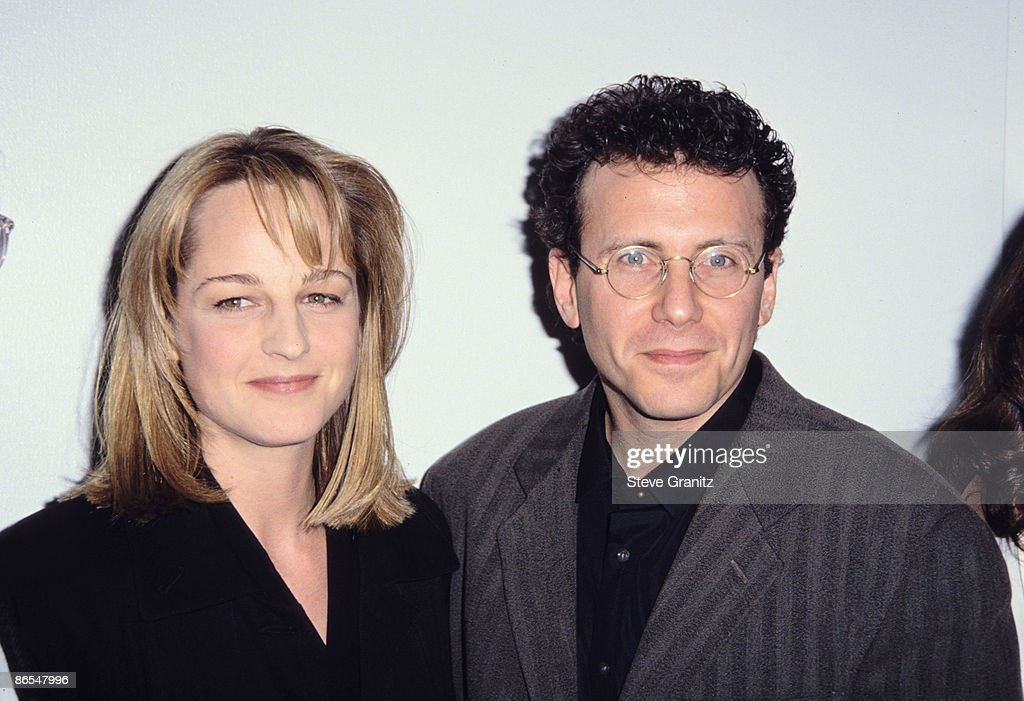 Helen Hunt and Paul Reiser at a Museum of TV & Radio Festival : Nachrichtenfoto