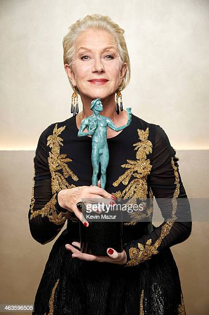 Helen Mirren poses at the 20th Annual Screen Actors Guild Awards at The Shrine Auditorium on January 18, 2014 in Los Angeles, California.