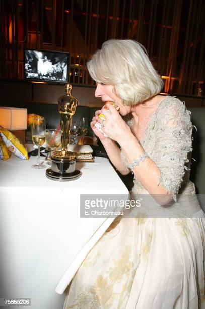 Helen Mirren winner Best Actress in a Leading Role for The Queen