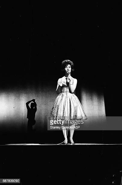 Helen Shapiro performs on stage at a variety performance London circa 1965