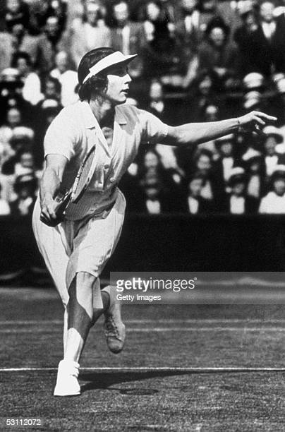 Helen Wills Moody runs to the ball during a match circa 1924 in Paris France Helen Wills Moody wins the gold for womens singles event