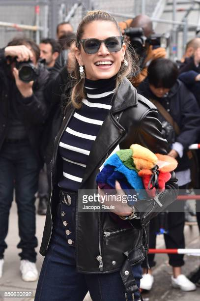 Helena Bordon is seen arriving at Giambattista Valli show during Paris Fashion Week on October 2 2017 in Paris France