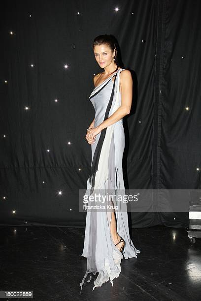 Helena Christensen Bei Der Charity Gala Und Weltpremiere Der Montblanc Prinz Rainier Iii Limited Edition 81 Hommage An Fürst Rainier Iii Von Monaco...
