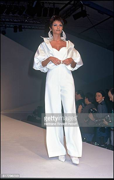 Helena Christensen Claude Montana ready to wear fashion show spring summer 1993 collection in Paris