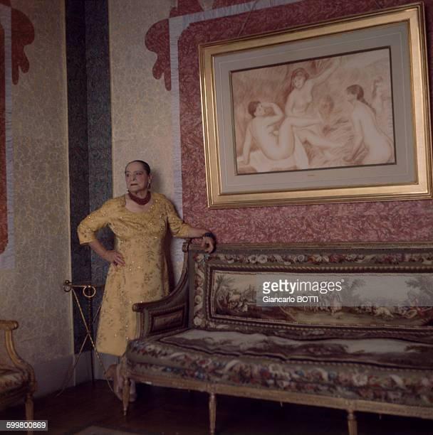 Helena Rubinstein chez elle à New York en juillet 1962 EtatsUnis
